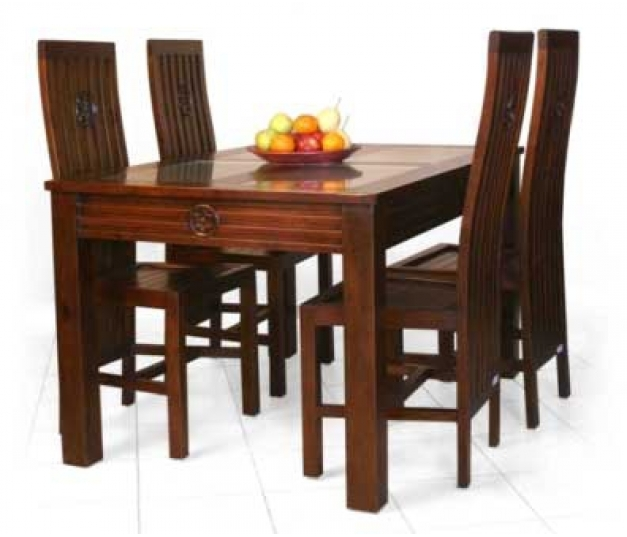 Balero dining room set