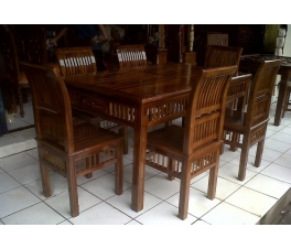 Dining table Kartini line