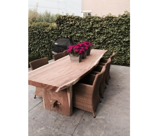 Dining table suar wood