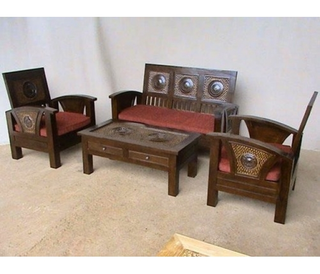 Flamboyan minimalist teak coffee table set