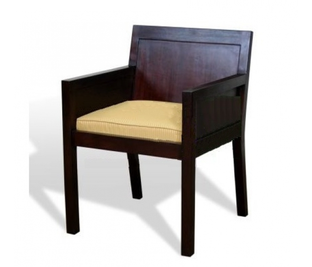 MARCO ARM CHAIR