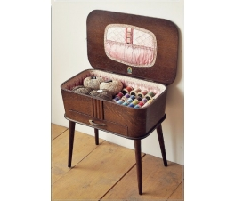 Vintage Retro Antique Sewing Box