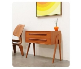 Minimalist Bedside Table - Console Table